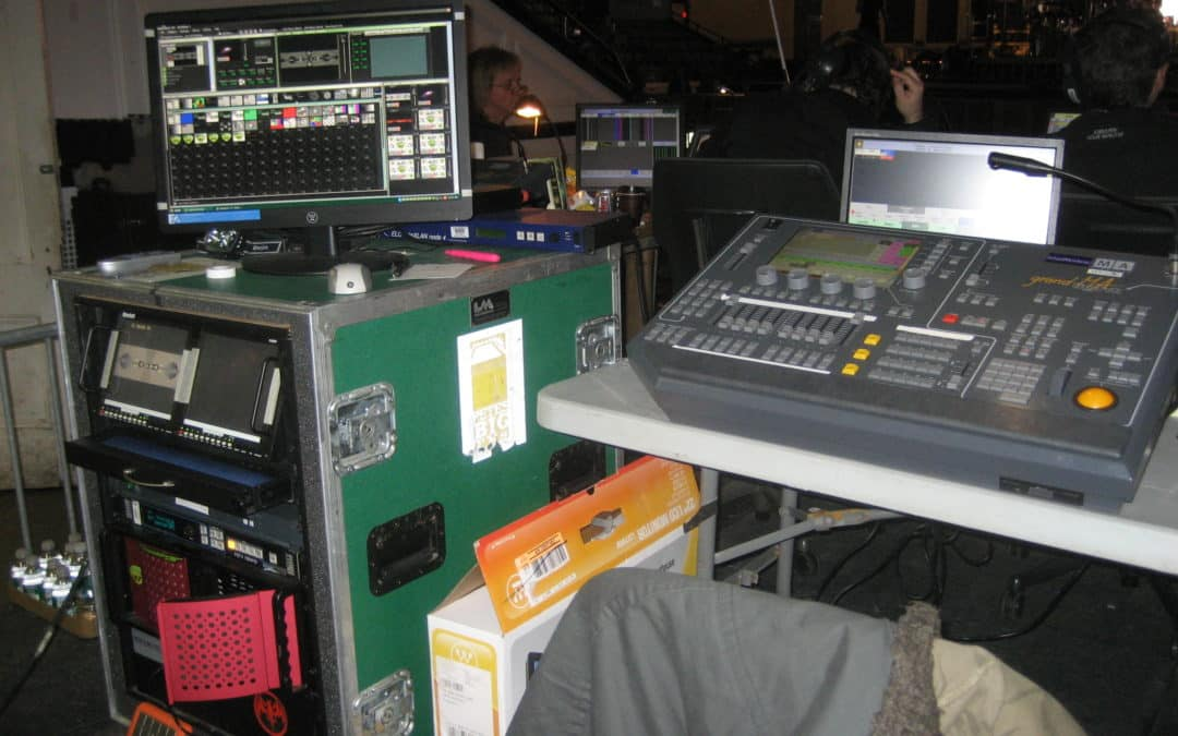 Experimenting with analog and digital control of a media server